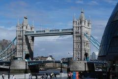 A ponte do ` s de Londres imagem de stock