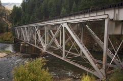 Ponte do trem do ferro foto de stock