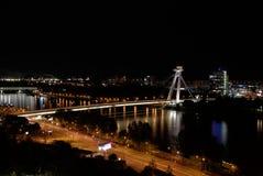 Ponte do Upraising nacional eslovaco, Danube River, capital Bratislava, Eslováquia fotografia de stock royalty free