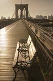 Ponte e banco Fotografia de Stock Royalty Free