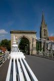 Ponte e igreja Fotografia de Stock Royalty Free