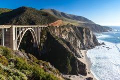 Ponte e litoral de Bixby em Big Sur Imagens de Stock Royalty Free