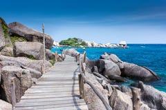 Ponte e mar de madeira Imagens de Stock