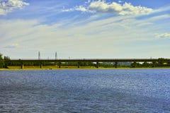 Ponte e nuvola Immagine Stock