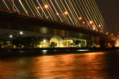 Ponte e rio Imagem de Stock