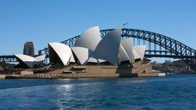Ponte e teatro da ópera de porto de Sydney Fotos de Stock Royalty Free