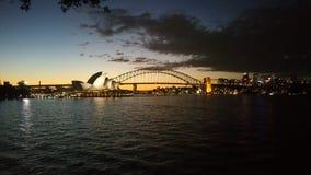 Ponte e teatro da ópera de porto de Sydney Imagem de Stock Royalty Free