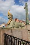Ponte egípcia em St Petersburg, Rússia Fotos de Stock Royalty Free
