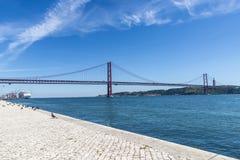 Ponte em Tagus River, Lisboa, Portugal Fotografia de Stock Royalty Free