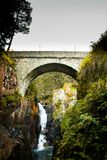 Ponte espanhola em Cauterets Pyrenees Frances foto de stock royalty free