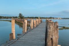 Ponte famosa de U-Bein em Amarapura perto de Mandalay Imagem de Stock Royalty Free