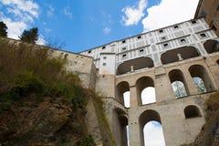 Ponte famosa em Cesky Krumlov fotos de stock royalty free