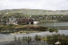 Ponte ferroviario sopra il Sim del fiume Immagine Stock