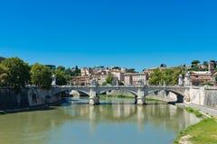Ponte IL Tevere un Ponte Vittorio Emanuele II a Roma Fotografie Stock
