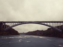 A ponte internacional do arco-íris Fotografia de Stock
