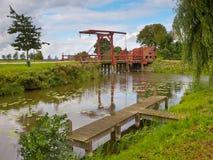 Ponte levadiça de madeira velha Imagens de Stock Royalty Free