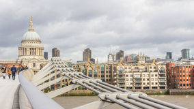 Ponte Londen Reino Unido de Milenium Fotografia de Stock Royalty Free