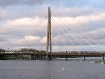 Ponte marino di modo con i cigni bianchi nel southport Fotografia Stock Libera da Diritti