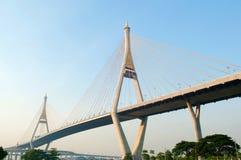 Ponte moderna. Imagem de Stock