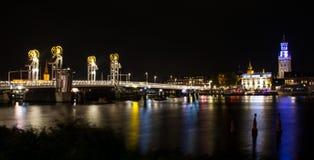 Ponte moderno nella città storica di Kampen, Paesi Bassi Fotografie Stock Libere da Diritti
