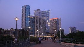 Ponte na cidade de Austin no crepúsculo