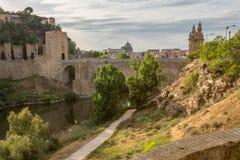 Ponte na cidade medieval de Toledo Fotos de Stock