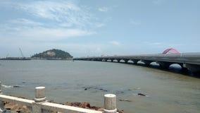 Ponte na terra de conexão de Zhuhai com ilhas foto de stock