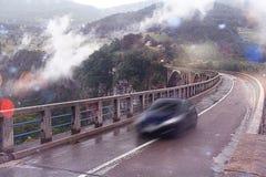 Ponte nas montanhas Fotografia de Stock Royalty Free