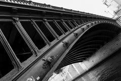 Ponte nero della curvatura Immagine Stock Libera da Diritti
