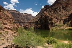 Ponte nero sopra Colorado fotografia stock