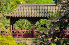 Ponte no estilo japonês Garten foto de stock royalty free