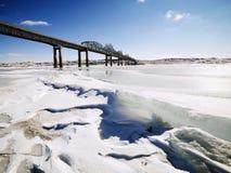 Ponte no inverno imagens de stock