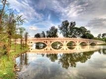 Ponte no jardim chinês Foto de Stock