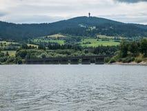 Ponte no lago de Namiestov imagem de stock royalty free