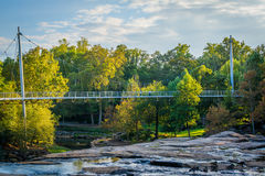 Ponte no parque das quedas no estridente, em Greenville, Caro sul Imagem de Stock Royalty Free