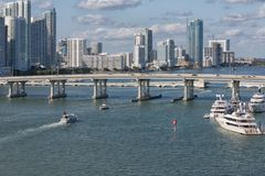 Ponte no porto de Miami Imagens de Stock Royalty Free