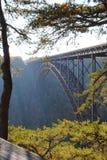 Ponte nova do rio Imagem de Stock Royalty Free