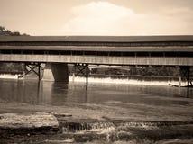 A ponte nunca termina Fotografia de Stock Royalty Free