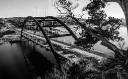 Ponte 360 o ponte di Pennybacker in bianco e nero Fotografie Stock Libere da Diritti