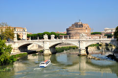Ponte och Castel Santâ €™Angelo royaltyfri fotografi