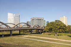 7a ponte ocidental da rua em Fort Worth, TX, EUA Imagem de Stock