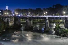 Ponte Palatino i Rome royaltyfri fotografi