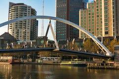Ponte pedestre de Evan Walker, ou de Southbank imagens de stock royalty free
