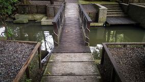 Ponte pedestre natural foto de stock royalty free