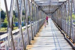 Ponte pedonale Immagini Stock