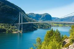 Ponte perto de Forsand, Rogaland de Lysefjord, Noruega Fotos de Stock Royalty Free