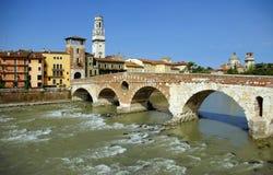 Ponte Pietra - Verona Stockfotos