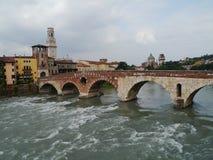 Ponte Pietre мост в Вероне в Италии Стоковое фото RF