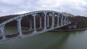 Ponte railway velha vídeos de arquivo