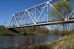 Ponte railway verde Imagens de Stock Royalty Free